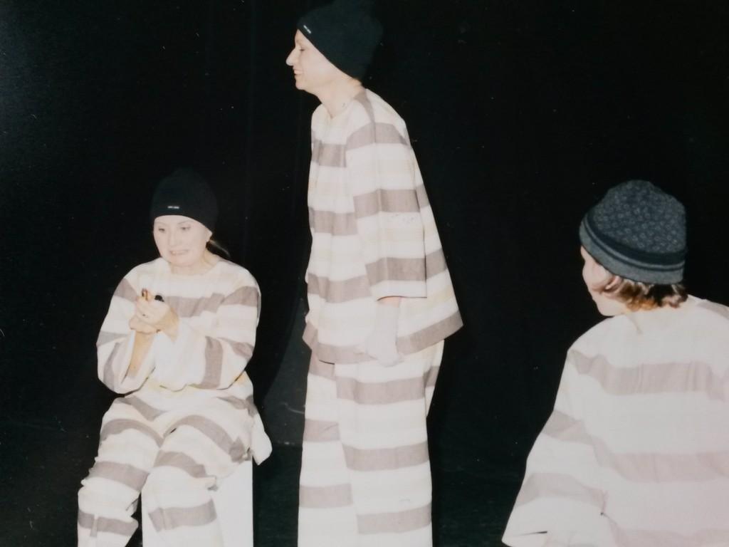 """L. VERNIER, F. GAUFFRE & S. REBOH (de dos) dans """"Poivre de Cayenne"""""""